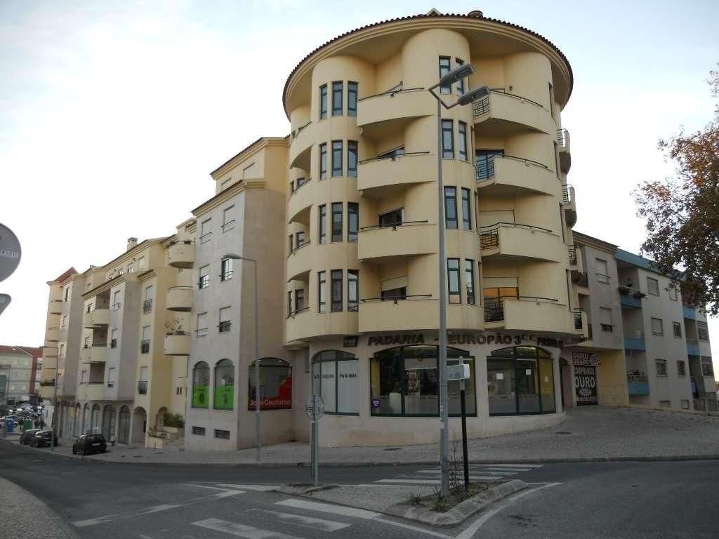 Loja para comprar, Caldas da Rainha - Santo Onofre e Serra do Bouro, Caldas da Rainha, Leiria - Foto 1