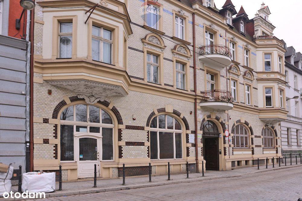 Duży lokal handlowo - usługowy w centrum Gliwic