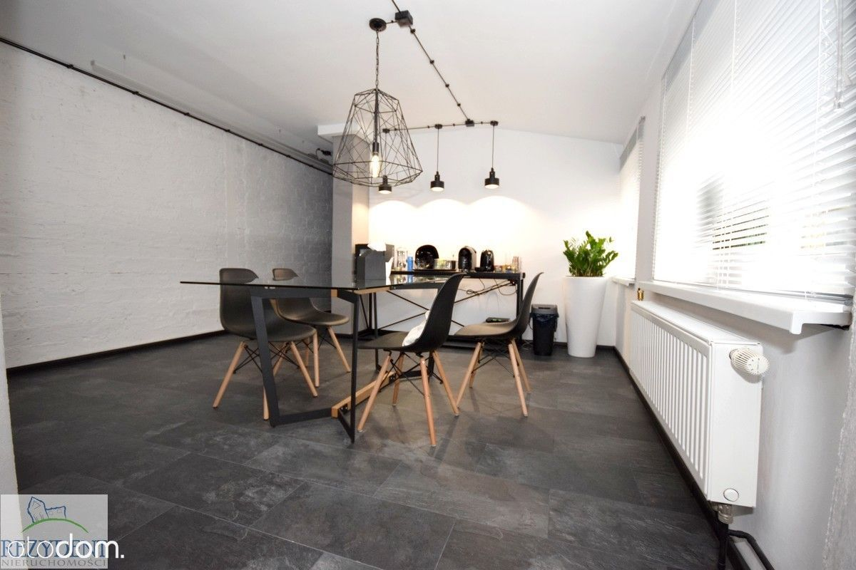 Lokal użytkowy, 90 m², Sosnowiec