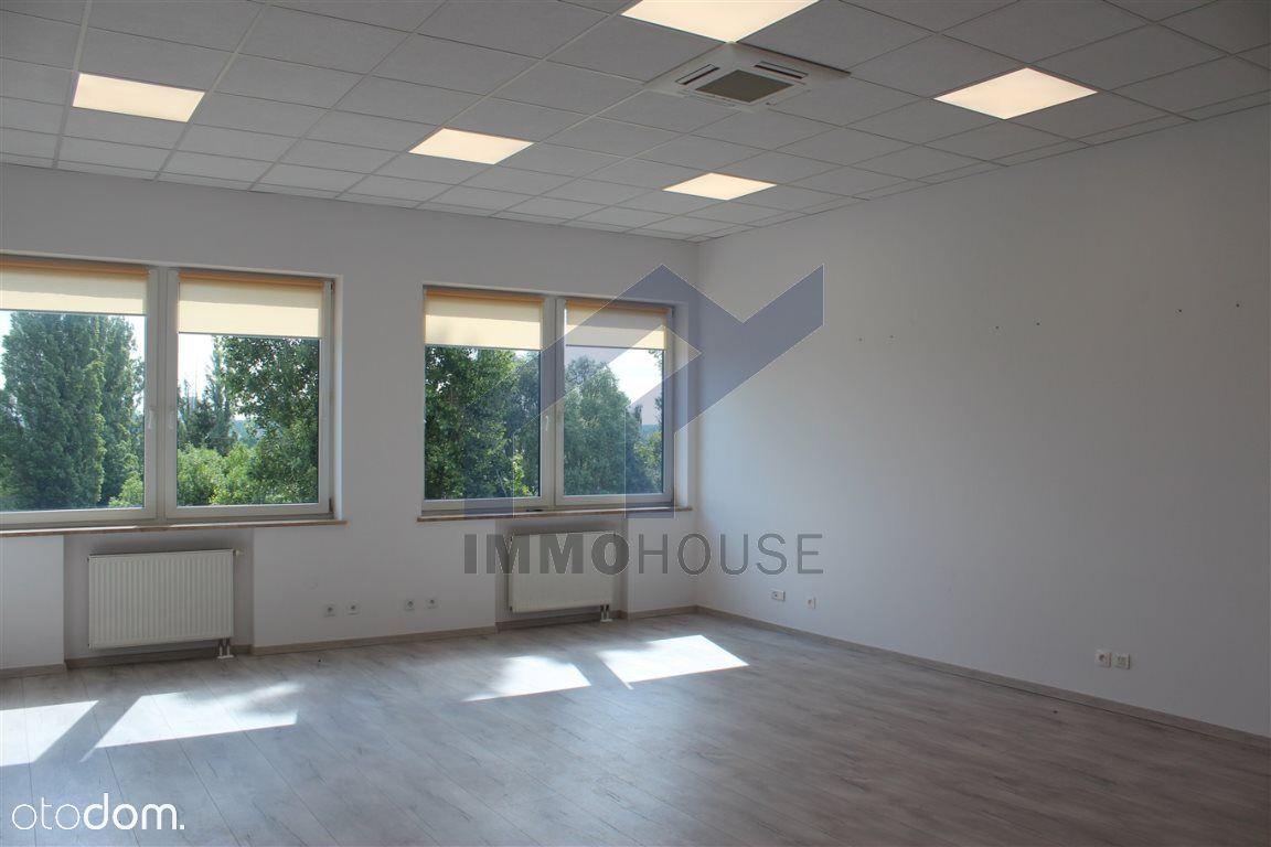 Lokal biurowy 32 mkw w nowym biurowcu, Św. Michała