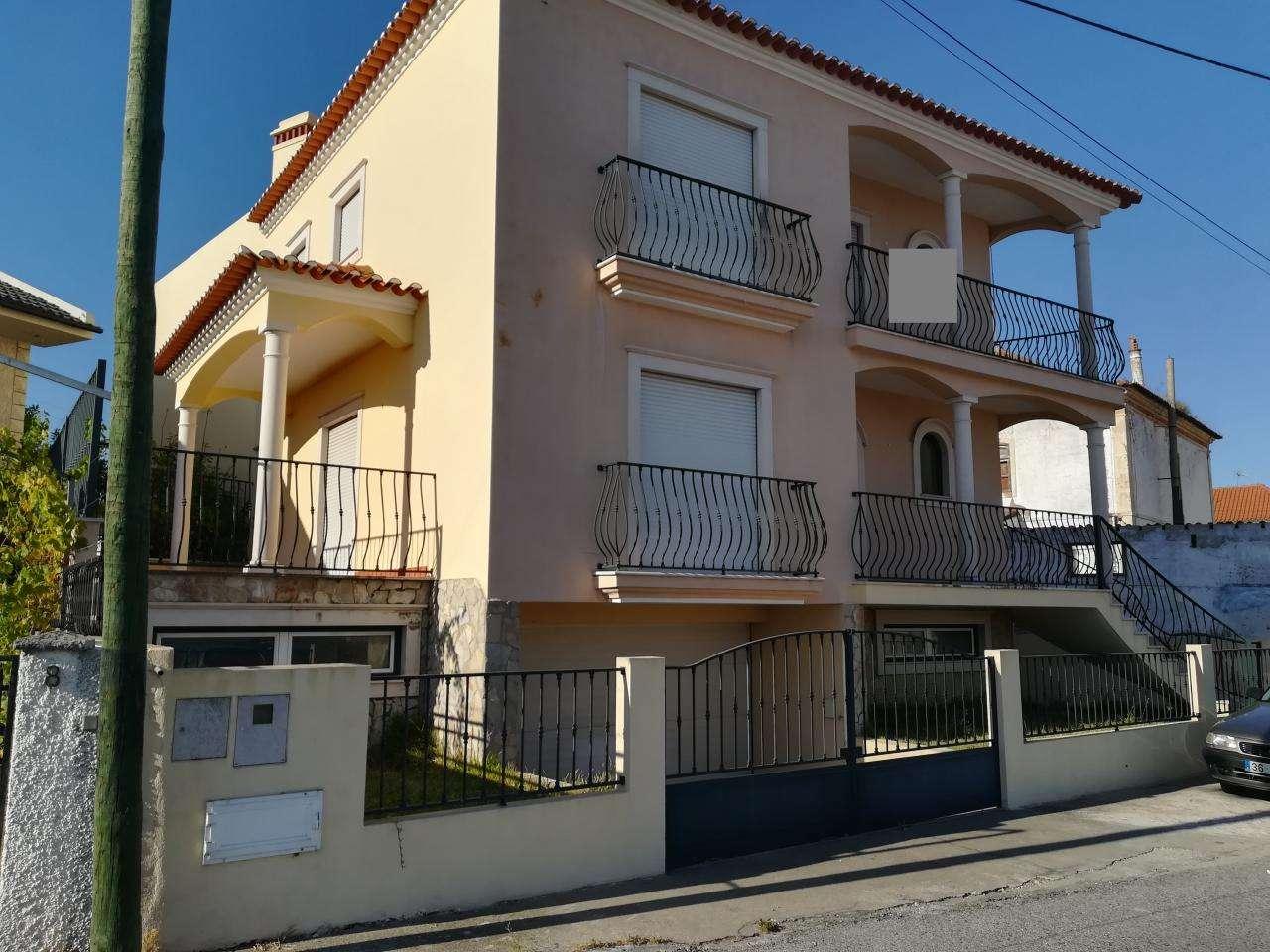 Moradia para comprar, Abrantes (São Vicente e São João) e Alferrarede, Santarém - Foto 2