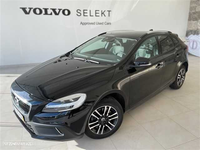 Volvo V40 Cross Country 2.0 D3 Plus Geartronic - 1
