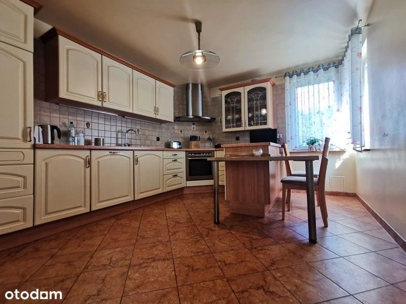 Atrakcyjny dom z garażem - taras - Osiedle Bukowe