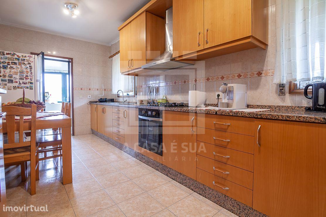 Apartamento T3 com vista panorâmica entre Esmoriz e Silvalde