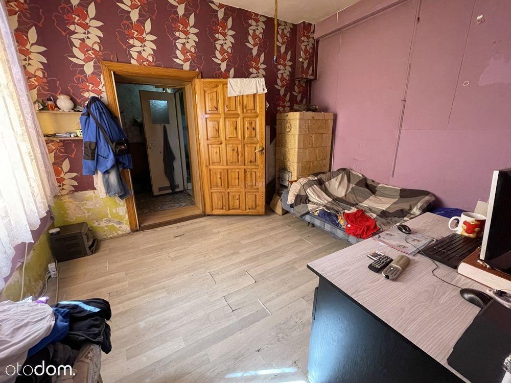 2 pokoje w kamienicy do remontu