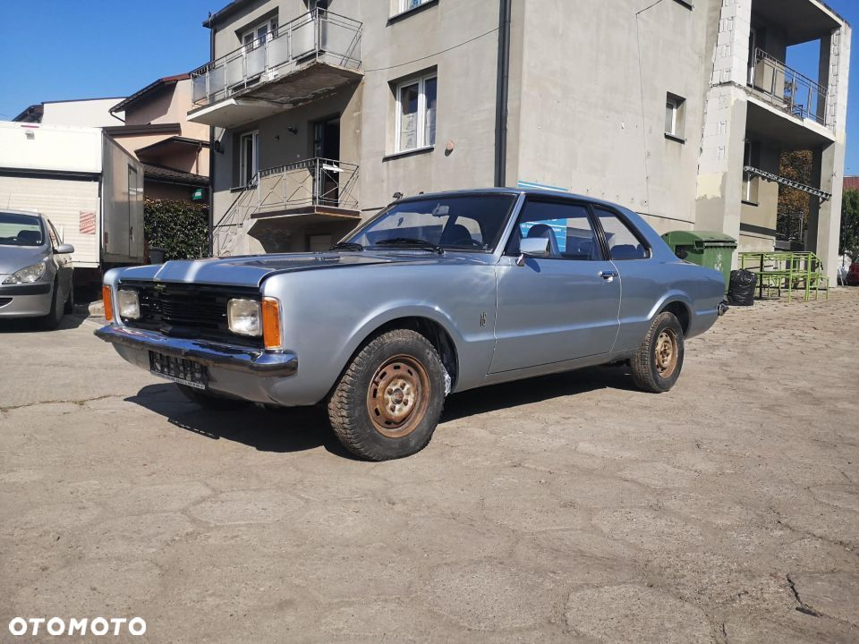 Ford Taunus 1600L coupe - 11