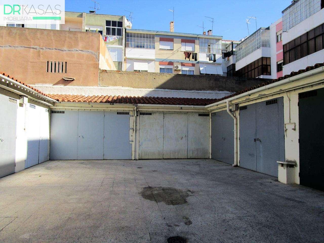 Garagem para comprar, Alto do Seixalinho, Santo André e Verderena, Setúbal - Foto 1