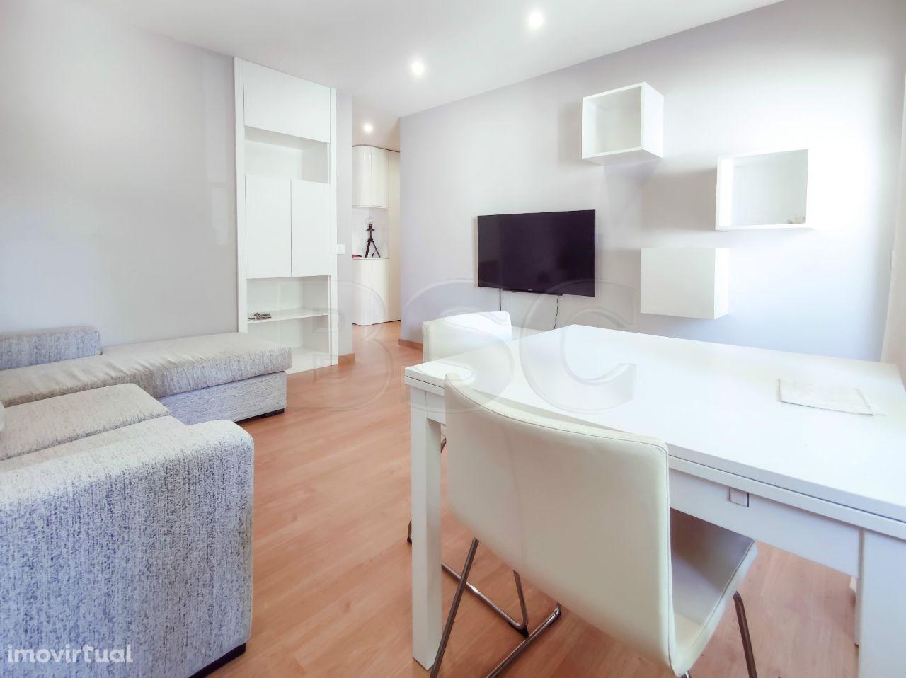 Apartamento T2 à venda em Carcavelos