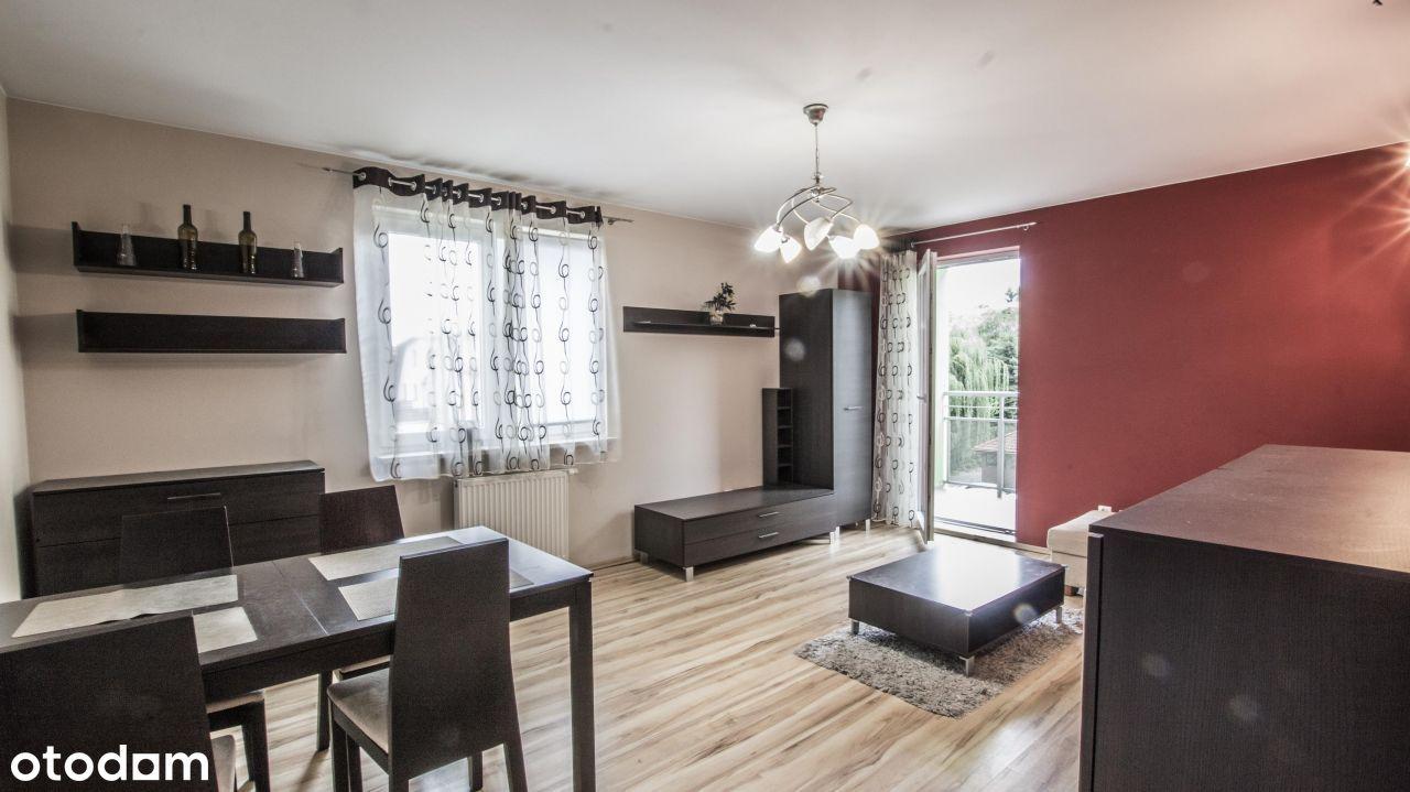 Dwa osobne pokoje, kuchnia, parking i piwnica