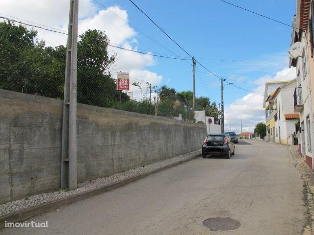 Terreno para moradia isolada junto a Torres Vedras
