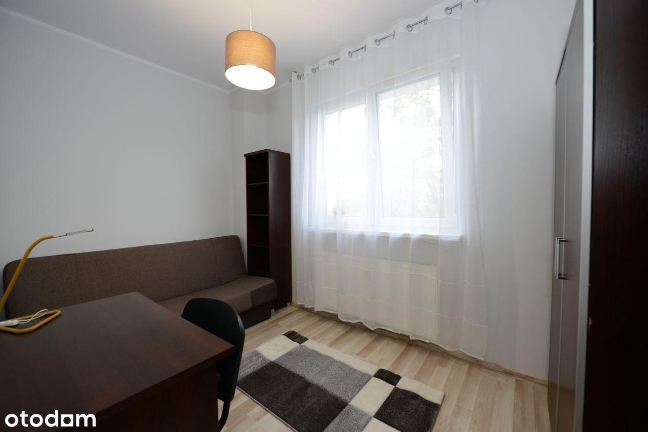 Przytulny pokój jednoosobowy, w mieszkaniu 4-pokoj