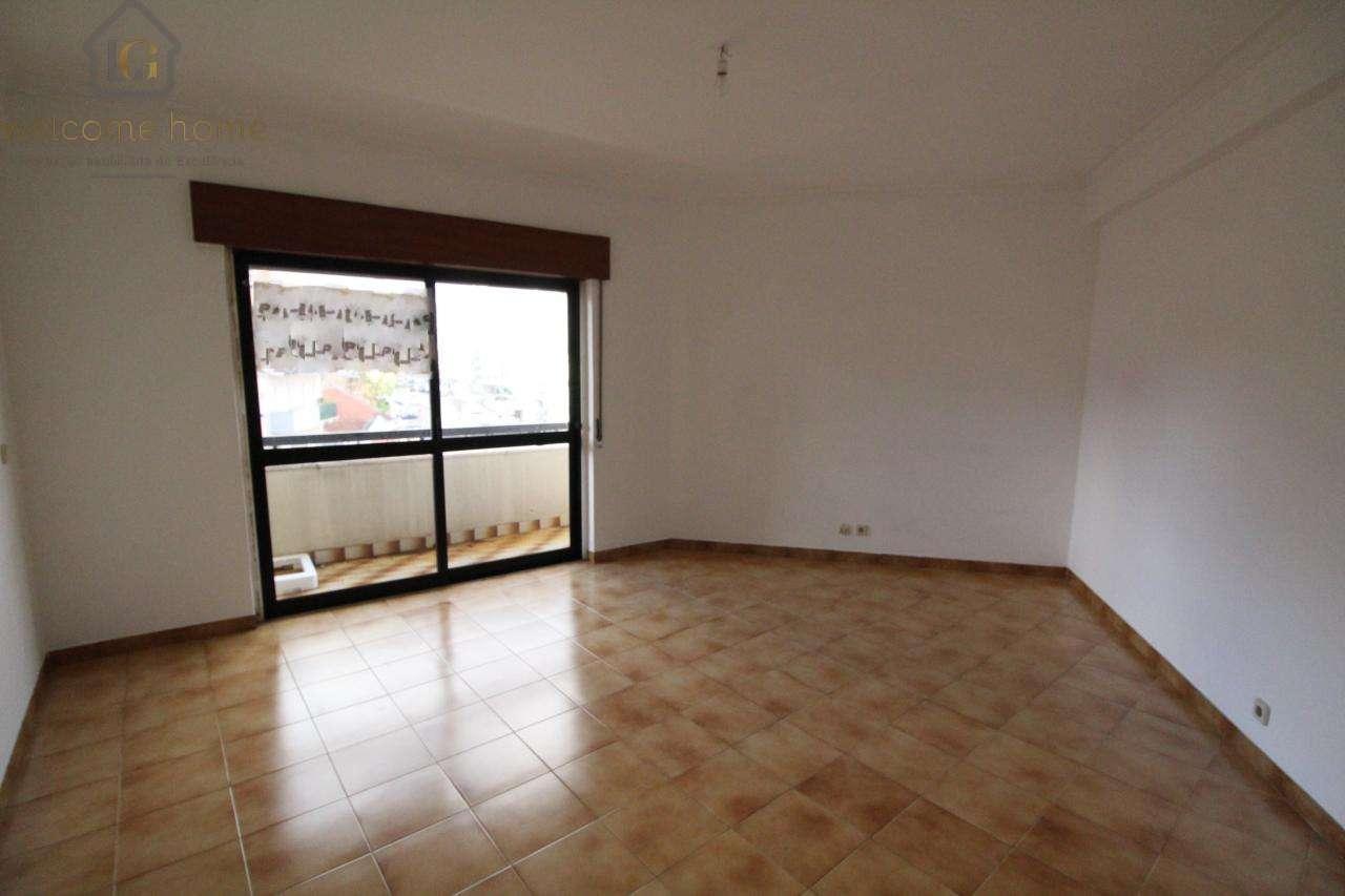 Apartamento para comprar, Alverca do Ribatejo e Sobralinho, Vila Franca de Xira, Lisboa - Foto 2