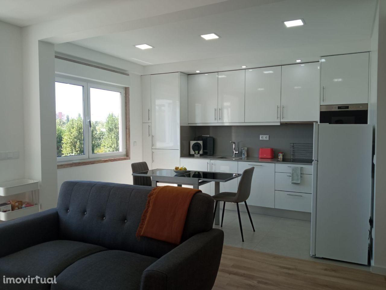 Apartamento 3 assoalhadas Monte Abraão; Sintra
