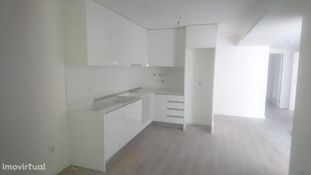Arrendo Apartamento T3 ( Novo ) Póvoa Varzim Centro/Metro
