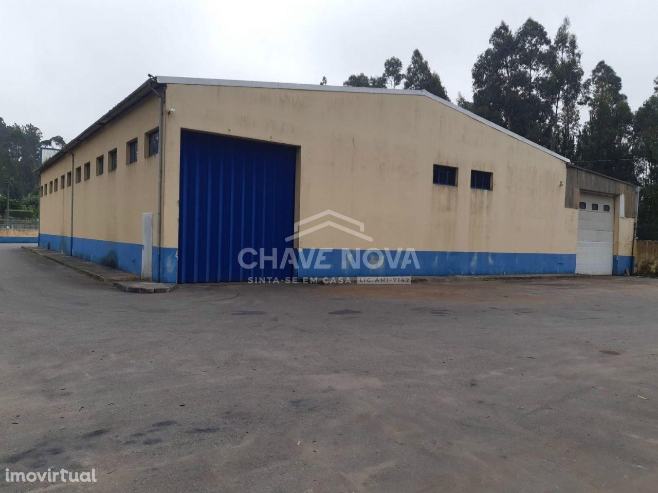 Pavilhão industrial em Oliveira de Azeméis