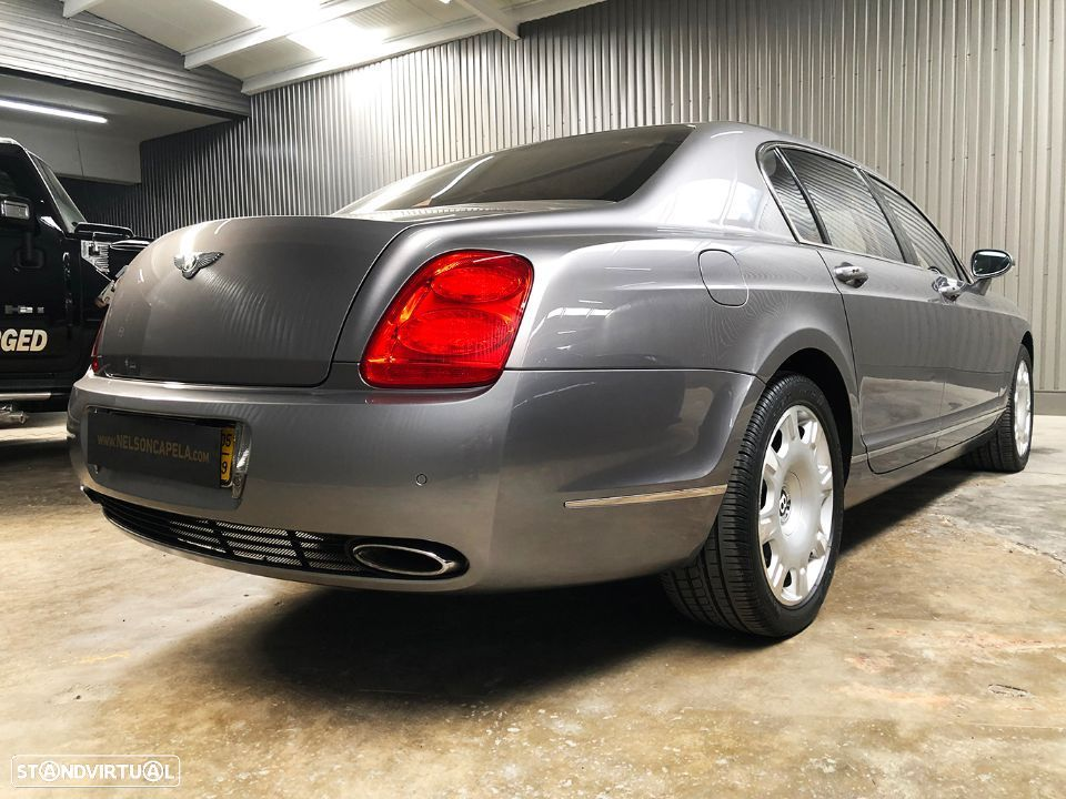 Bentley Continental Flying Spur 5 Lugares 6.0L W12 - 9