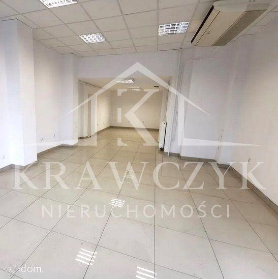 Lokal- Centrum Szczecina- Witryna- Brak Spp