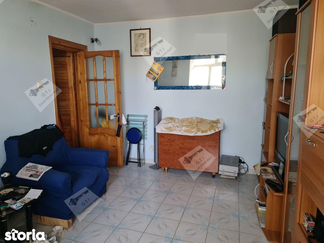 Apartament 2 camere et4/4 Sud Echitatii M-uri