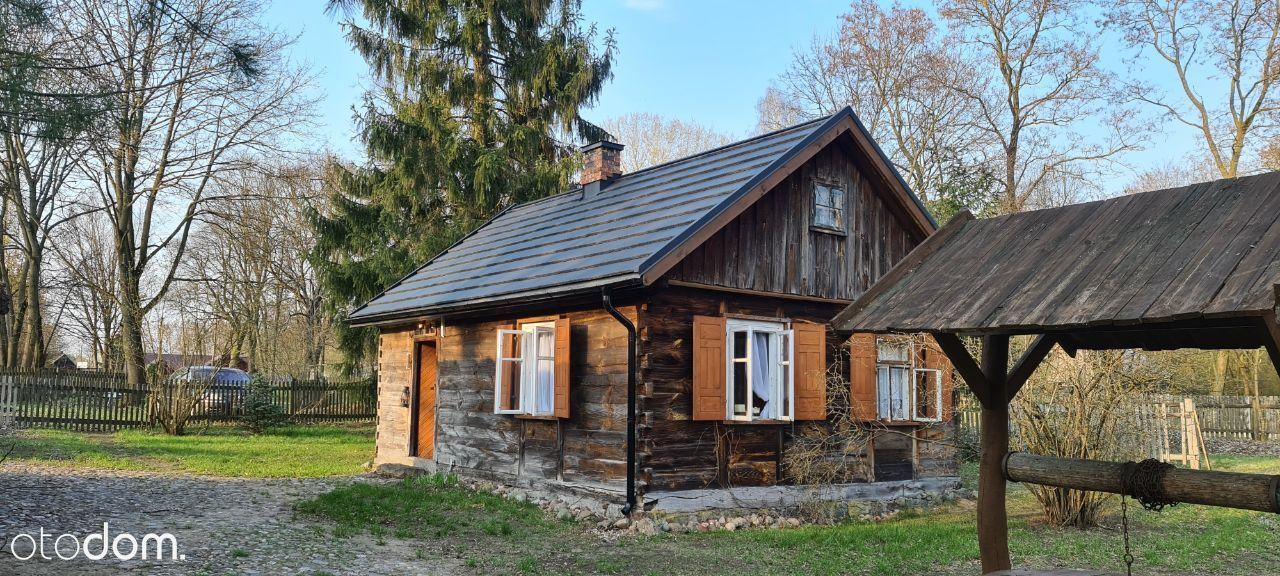 Działka rekreacyjna z domem i stodołami nad Bugiem