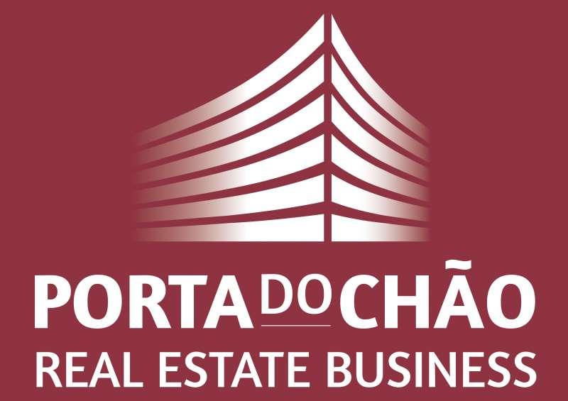 Agência Imobiliária: Porta do Chão    International Realty