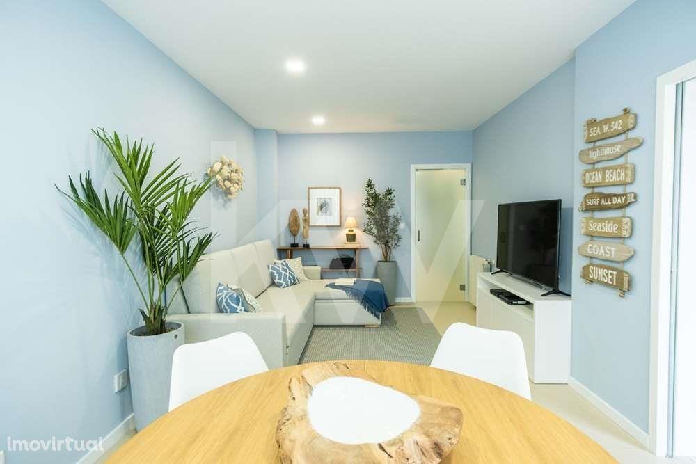 Apartamento T2 remodelado a 200m do areal, Praia da Barra