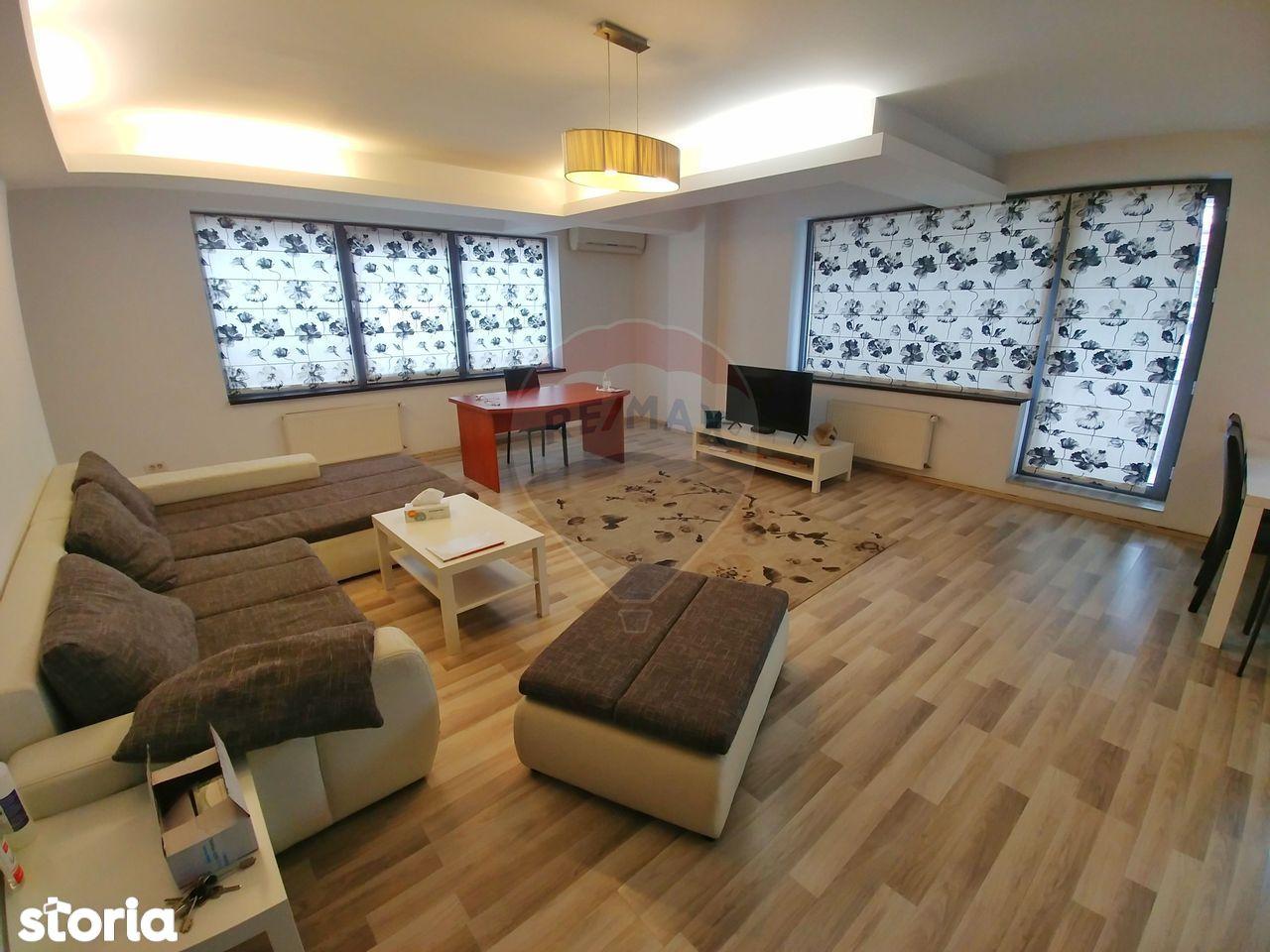 Apartament superb cu 4 camere de inchiriat