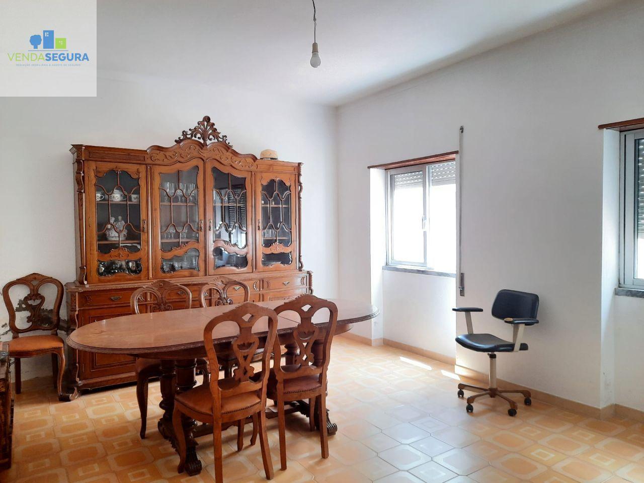Apartamento T2 R/C | Zona da Salúquia | Moura