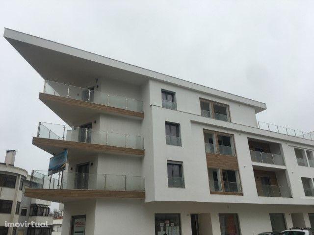 T2 - Edifício do Vale - Queijas