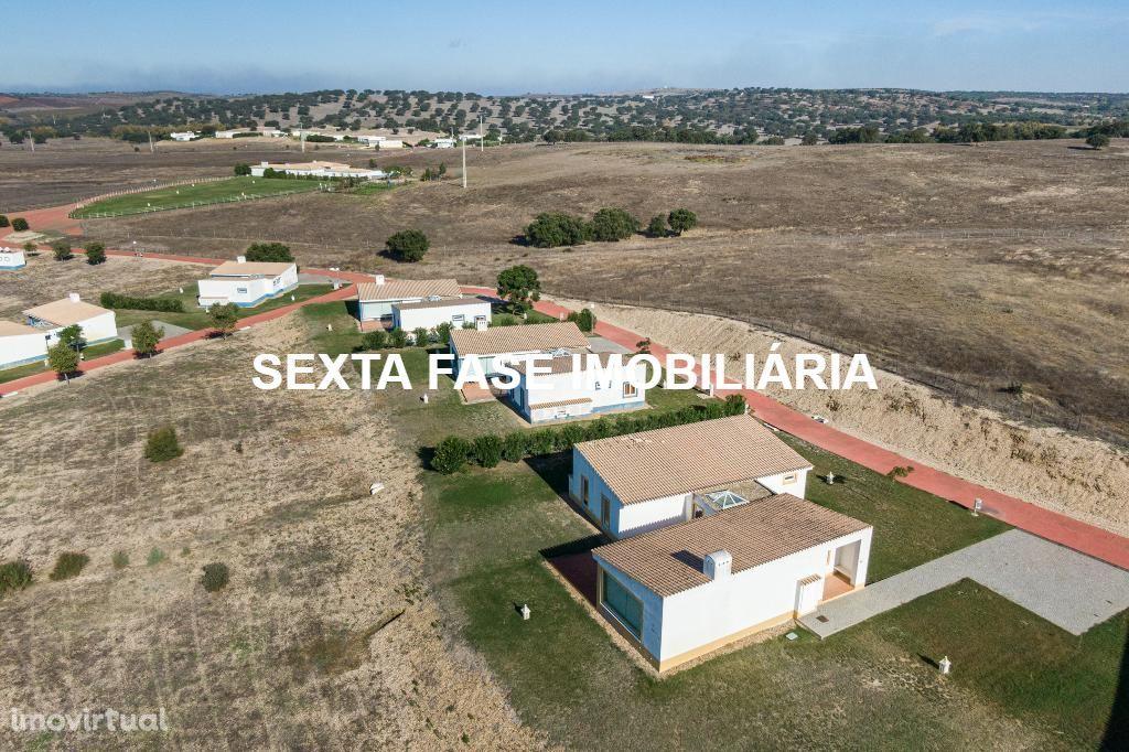 ALENTEJO - CUBA - Moradia T3 em Herdade com piscina privativa