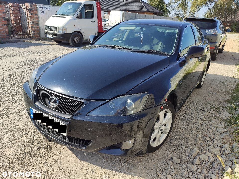Lexus IS IS 220d Manual Anglik V5C z Anglii - 1