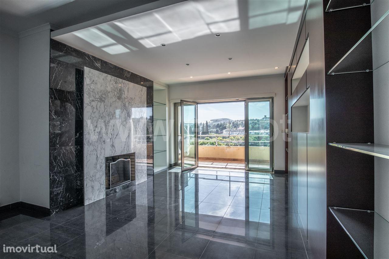 Apartamento T3 - Condomínio Beira Rio, Torres Novas