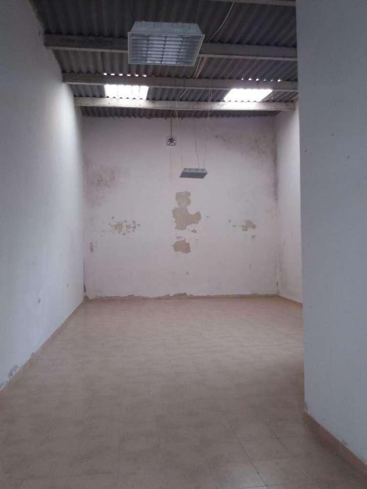 Armazém para arrendar, Montijo e Afonsoeiro, Setúbal - Foto 1