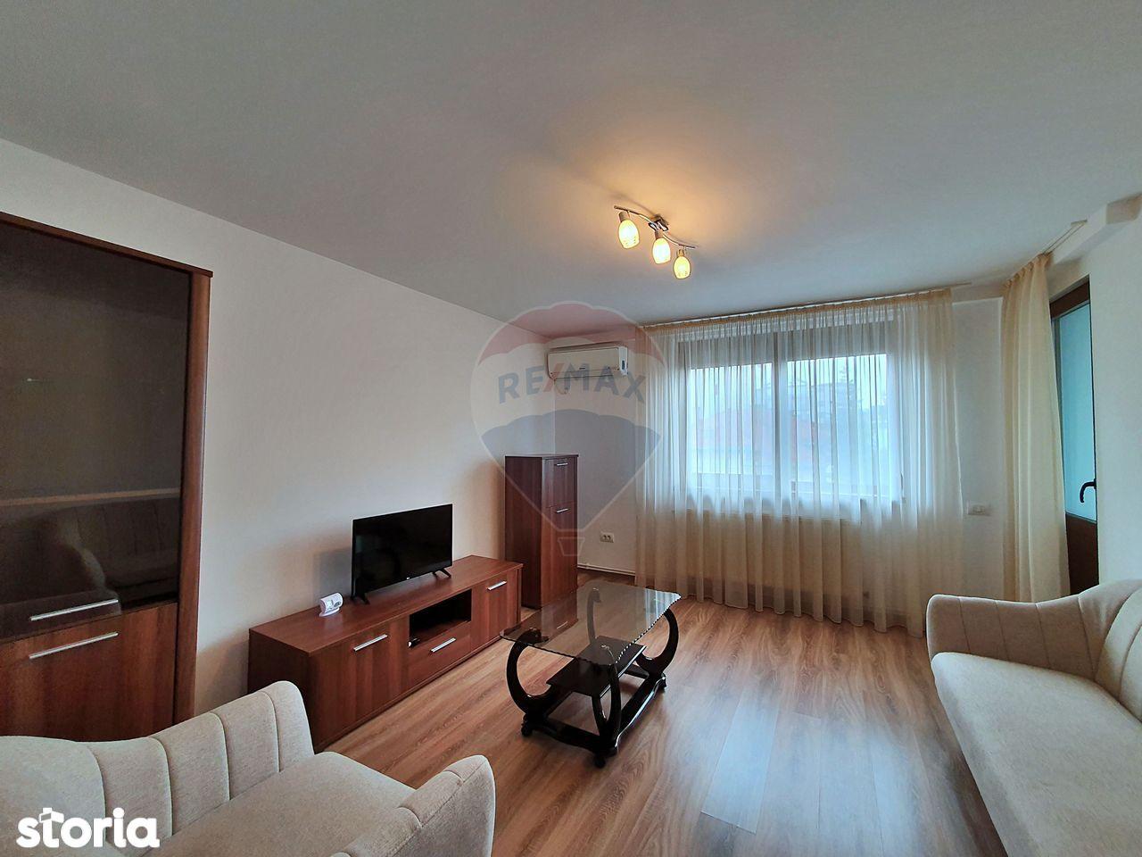 COMISION 0% - Ultracentral Apartament 3 camere Pitesti de Inchiriat