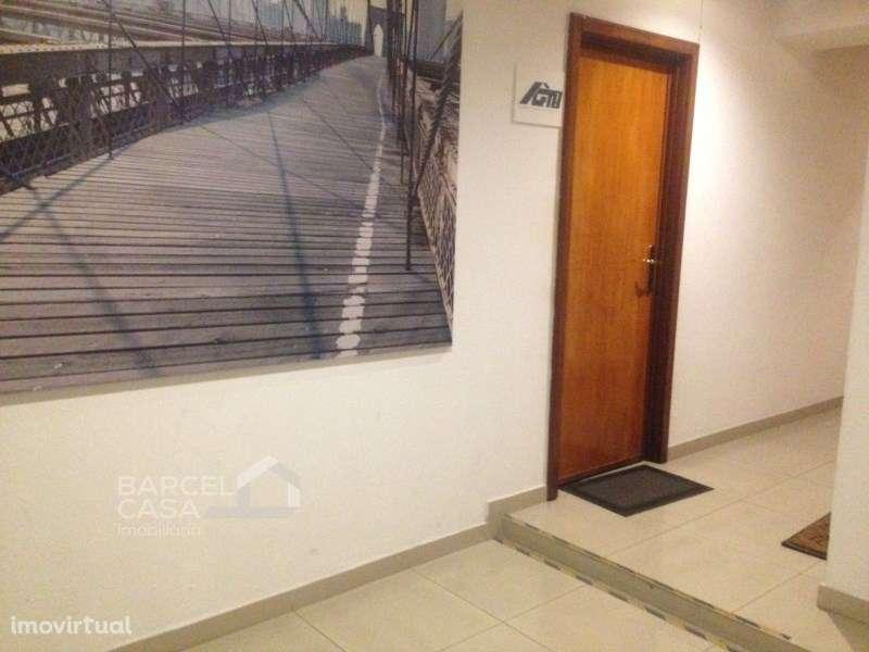 Escritório para arrendar, Barcelos, Vila Boa e Vila Frescainha (São Martinho e São Pedro), Braga - Foto 9
