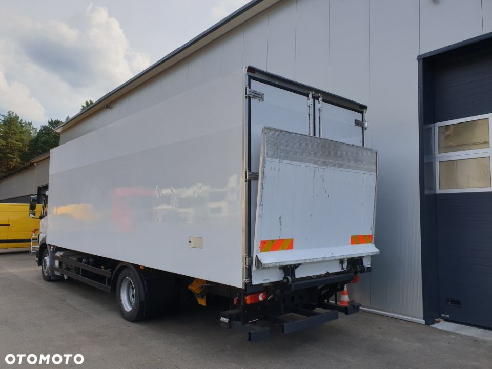 Mercedes-Benz Axor 1824 Euro 5  Manual Na poduszce Carrier 950 - 1