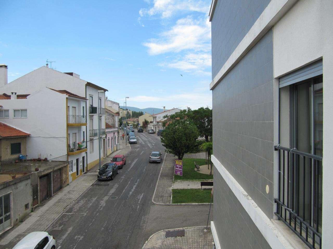 Apartamento para comprar, Torres Novas (São Pedro), Lapas e Ribeira Branca, Santarém - Foto 1