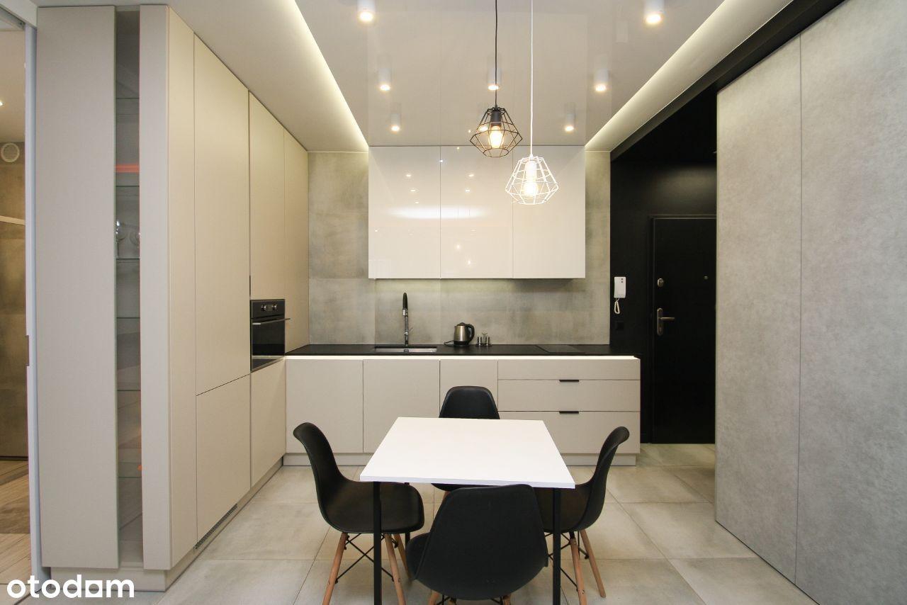 Klimatyzowany apartament w sercu miasta | Od zaraz