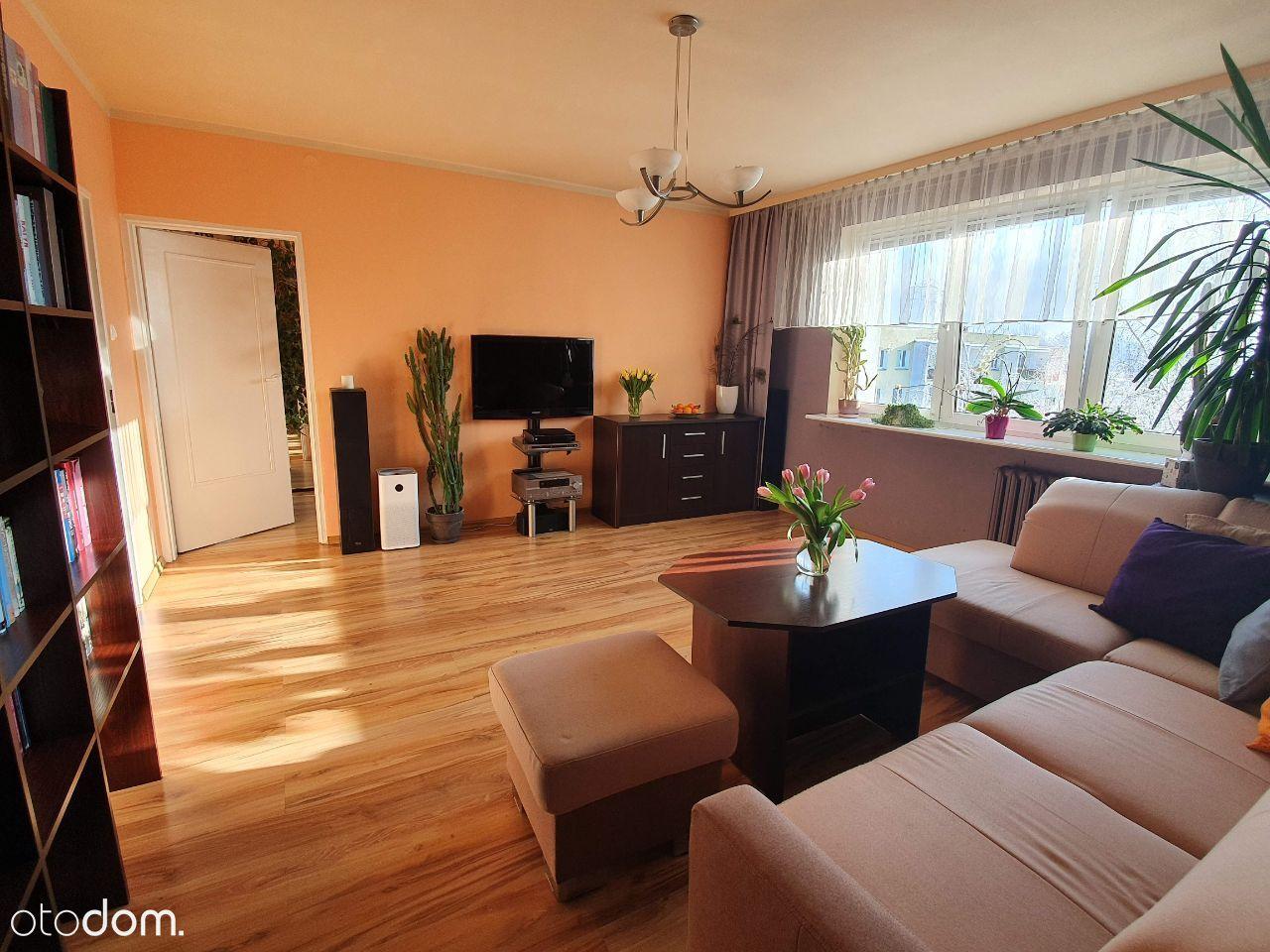 Słoneczne i przestronne mieszkanie w Koziegłowach