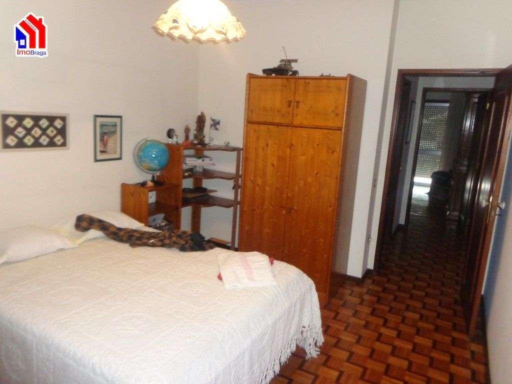 Moradia para comprar, Arentim e Cunha, Braga - Foto 9