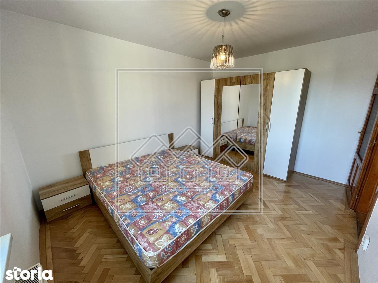 Apartament - 3 camere - Ultracentral - prima inchiriere