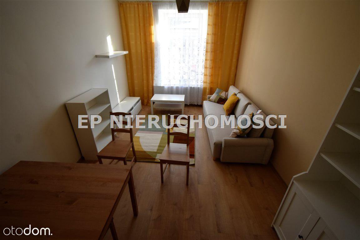 Mieszkanie, 66 m², Częstochowa