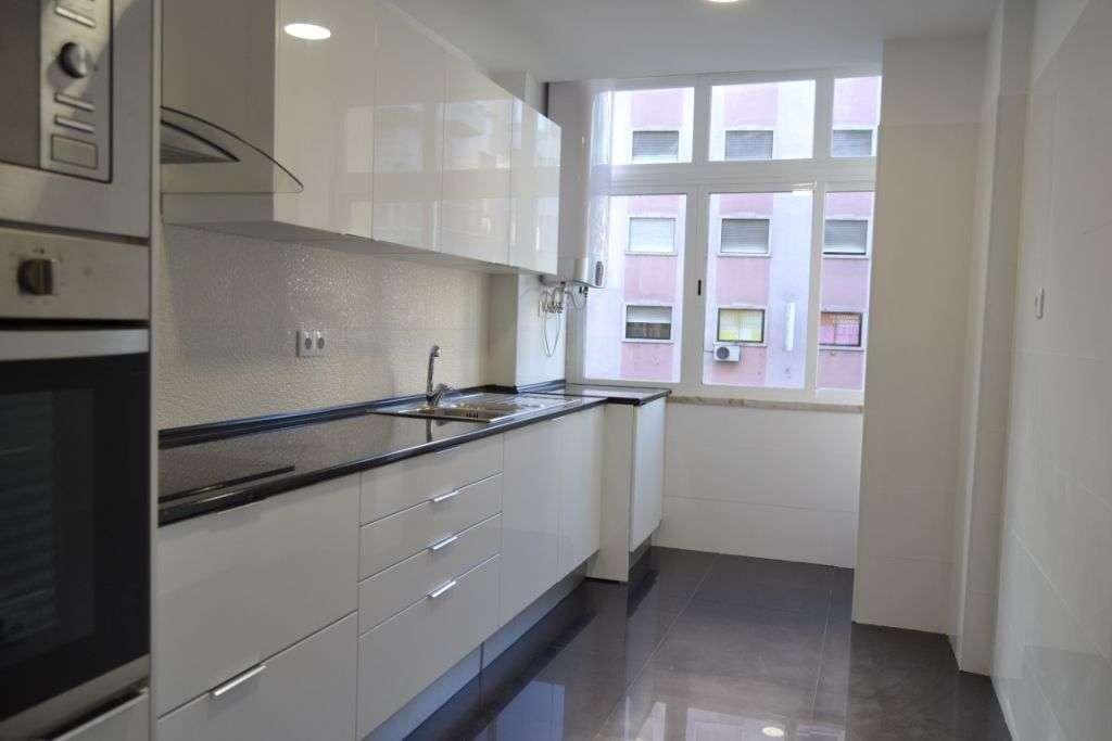 Apartamento para comprar, Avenida dos Bons Amigos, Agualva e Mira-Sintra - Foto 1