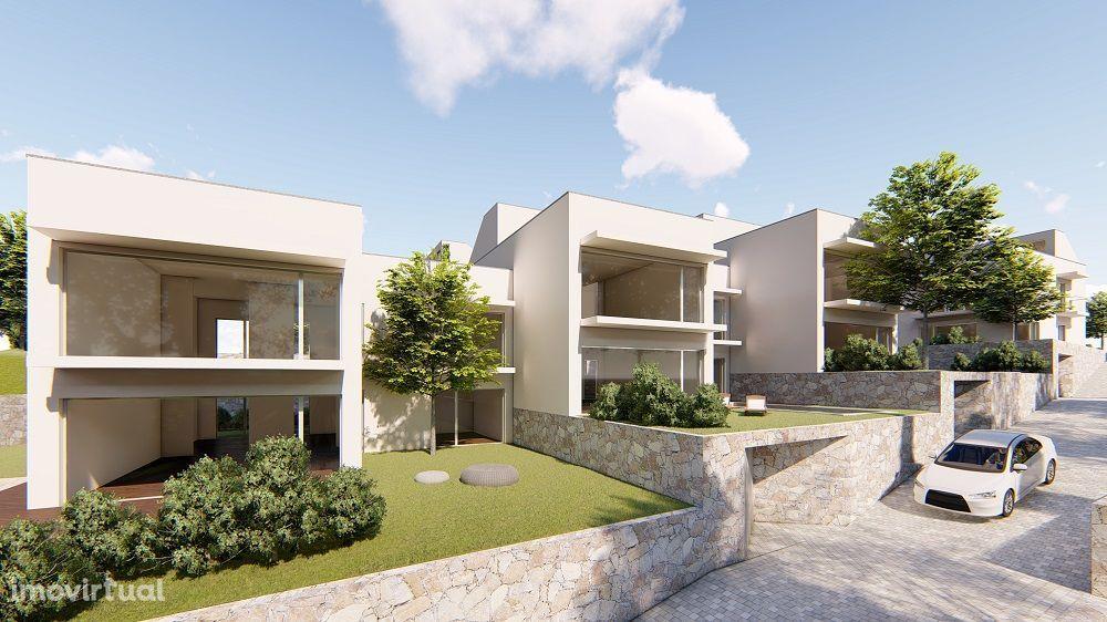 INVESTIMENTO   Projeto 18 Moradias Duplex com Piscina   Albufeira