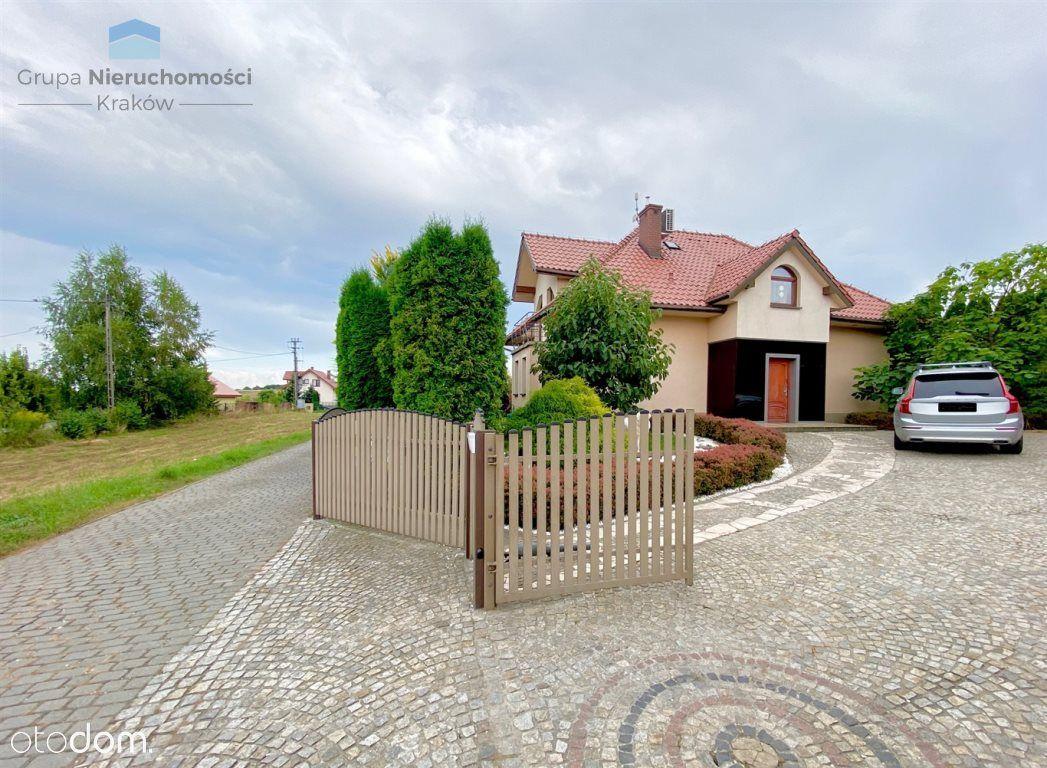 Piękny dom w okolicach Krakowa | Działka 17 ar.