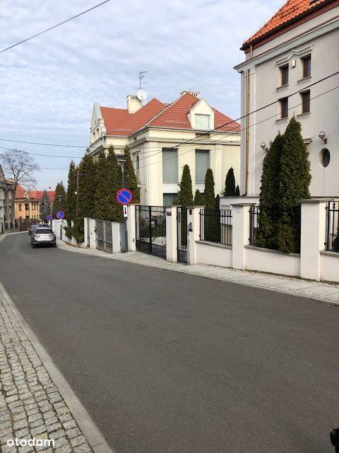 Katowice Centrum przedwojenna willa do wynajęcia