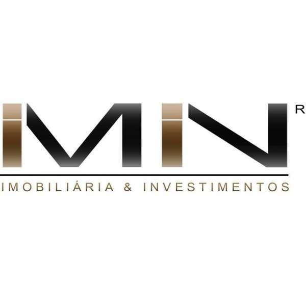 Este moradia para comprar está a ser divulgado por uma das mais dinâmicas agência imobiliária a operar em Romariz, Aveiro