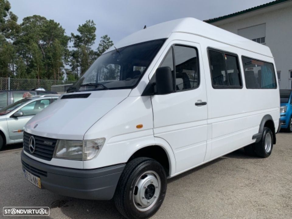 Mercedes Benz Sprinter 412 D  13 lugares - 6