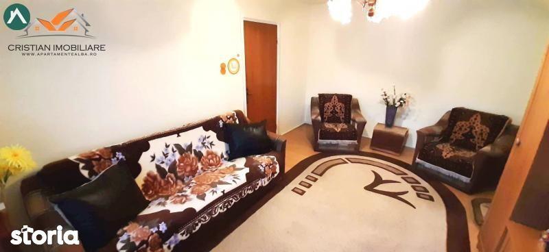 Apartament 3 camere , zona Cetate