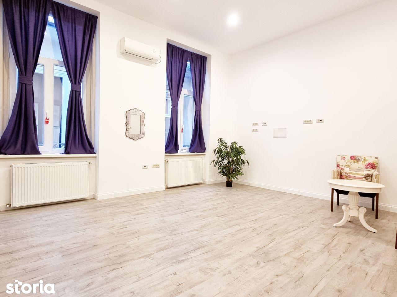 Apartament/spatiu de birou de inchiriat, Revolutiei
