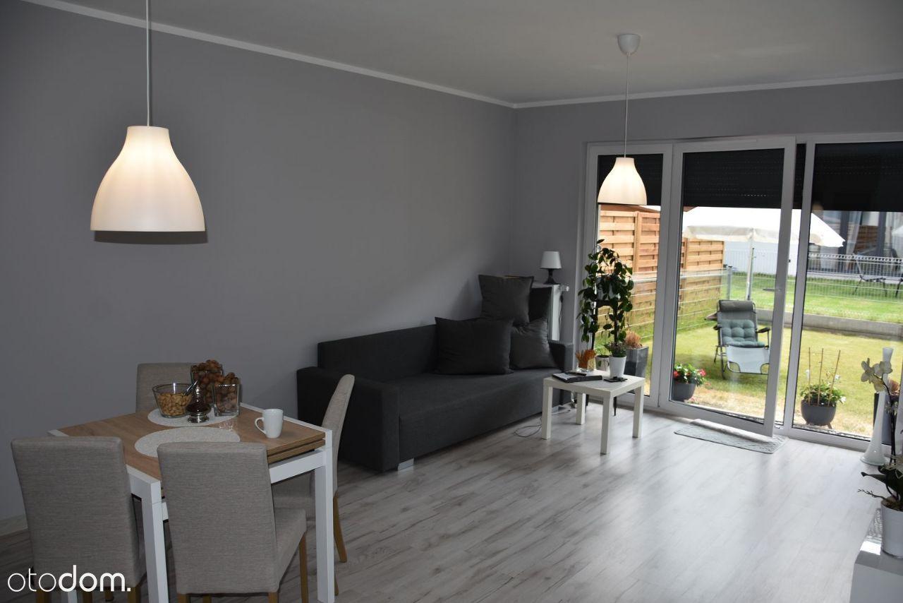 Ogródek, wysoki standard, miejsce postojowe, 70 m2